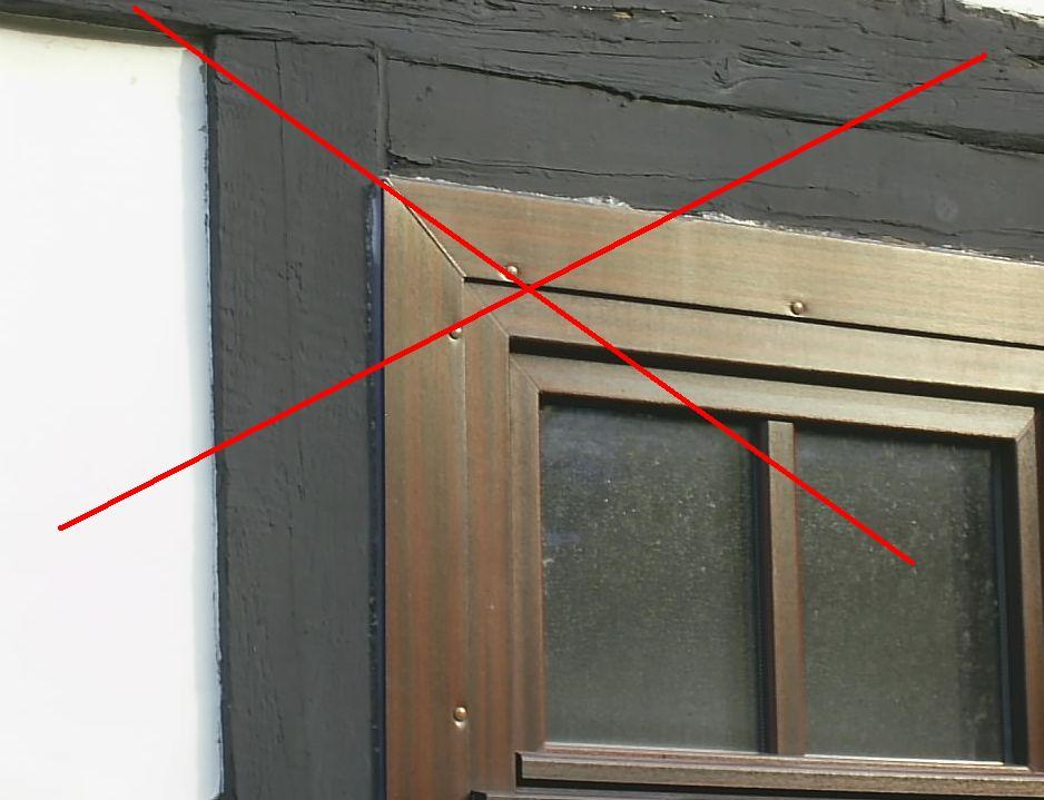 Super Kunststoff-Fenster im Fachwerkhaus sind inakzeptabel. DD53
