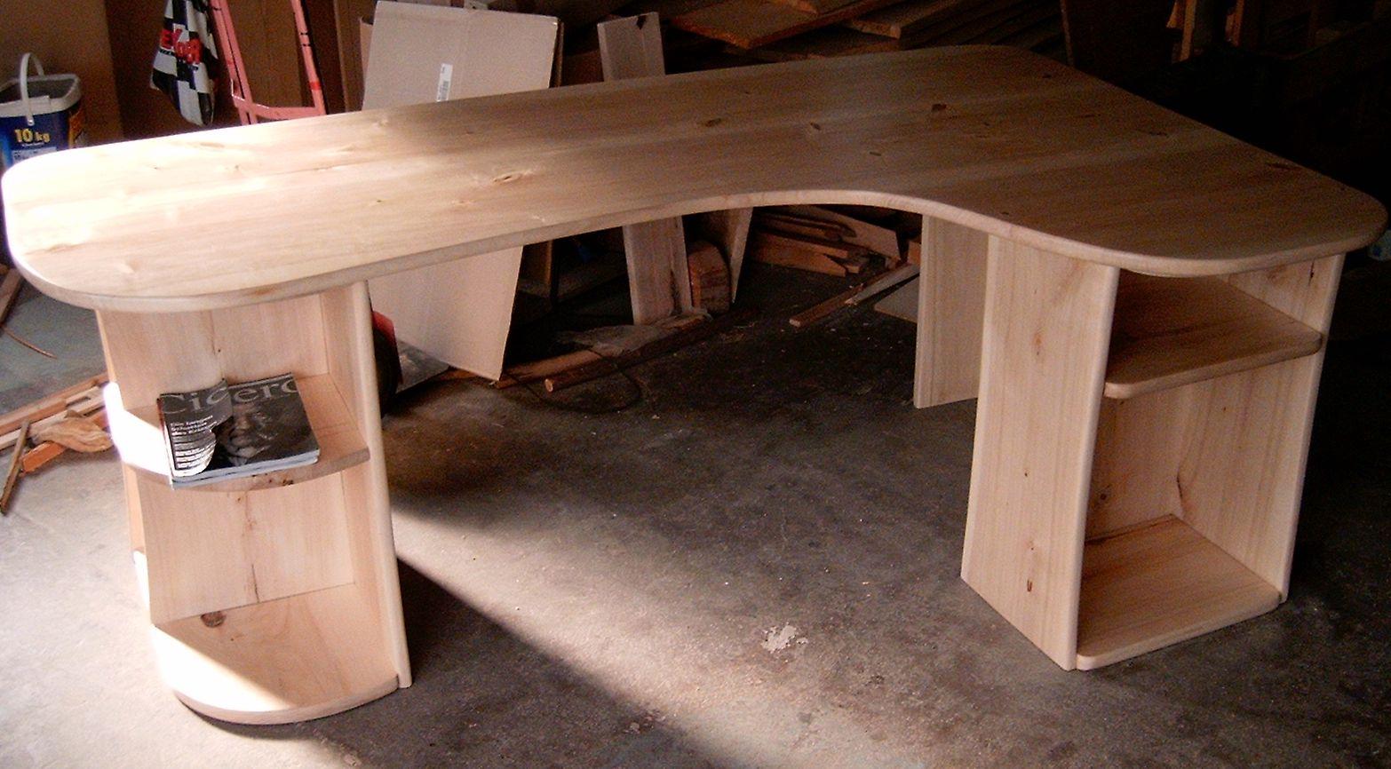 Schreibtisch Aus Pappelholz Selbst Angefertigt