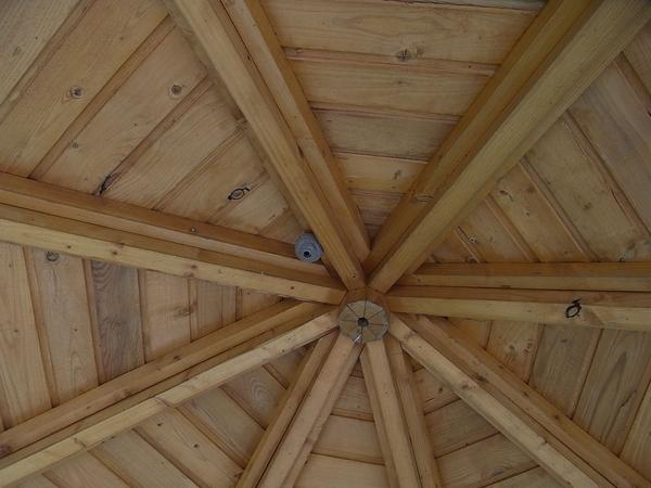 Gartenpavillon Holz Selbstbau ~ Die 8 dreieckigen Dachflächen sind recht aufwendig herzustellen Doch