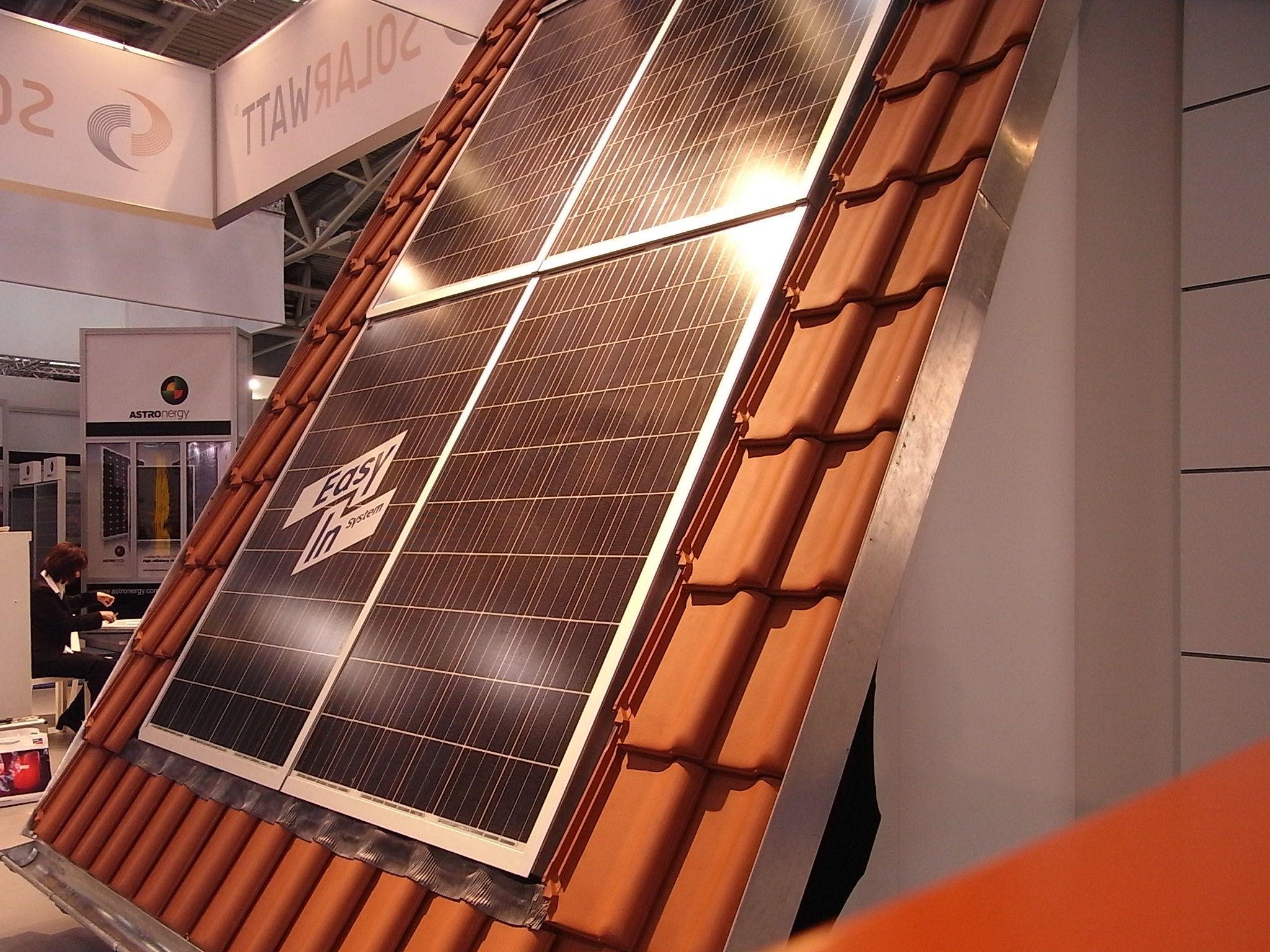indach oder ganzdach photovoltaik eine frage der planung. Black Bedroom Furniture Sets. Home Design Ideas