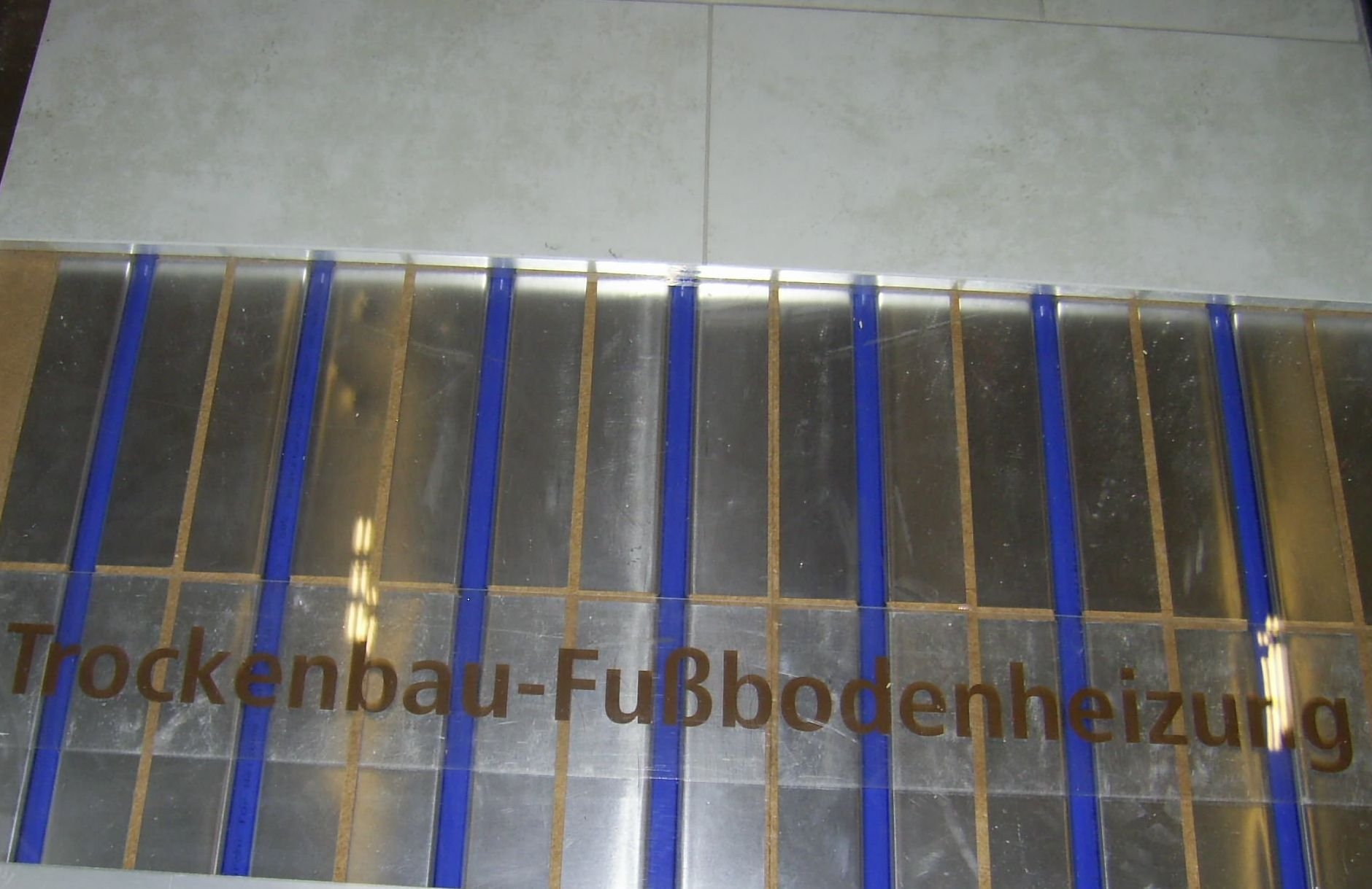 Fußboden Trockenbau ~ Fußbodenheizung für trockenbau