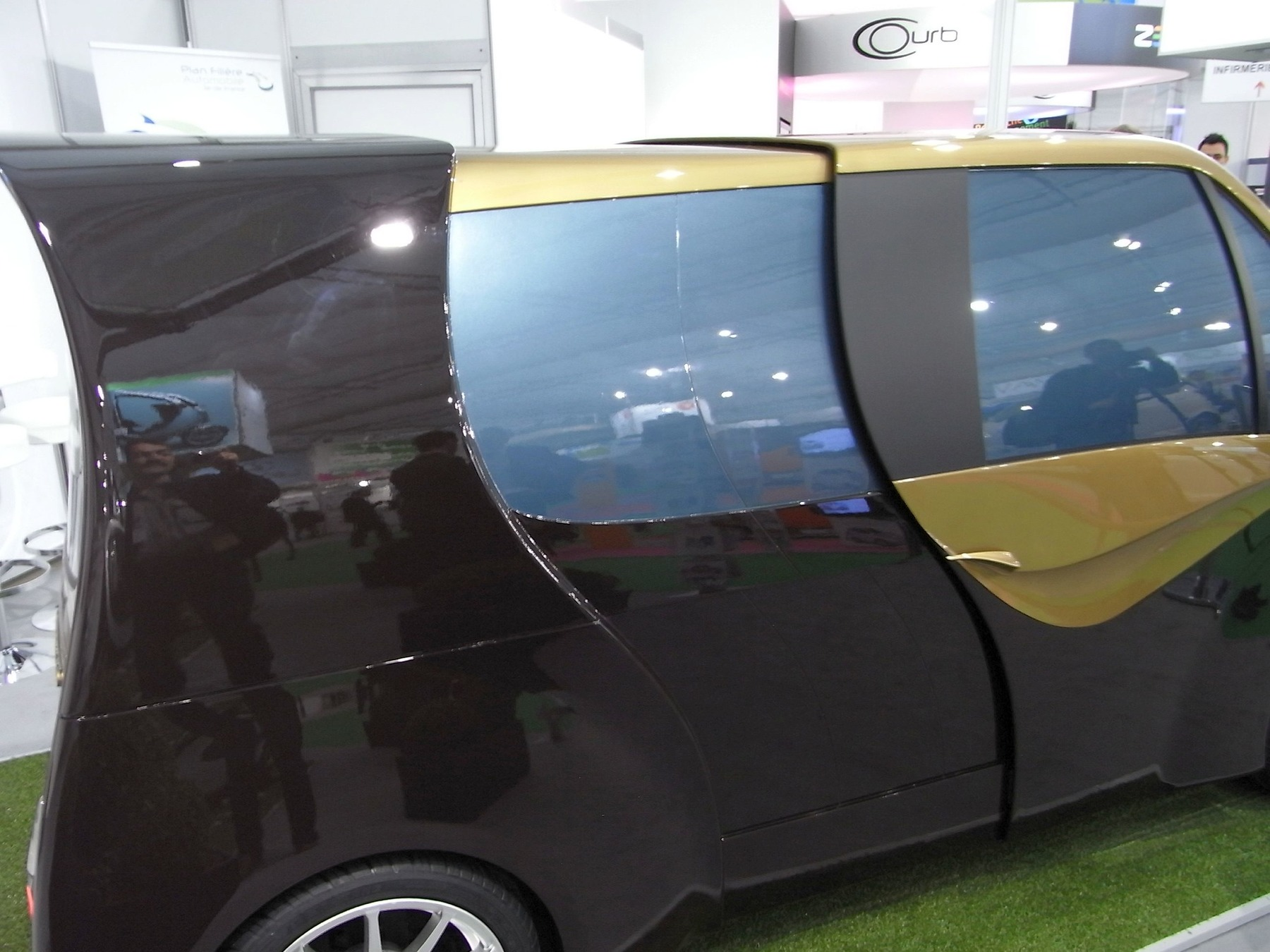Moduleo - ausziehbares Auto