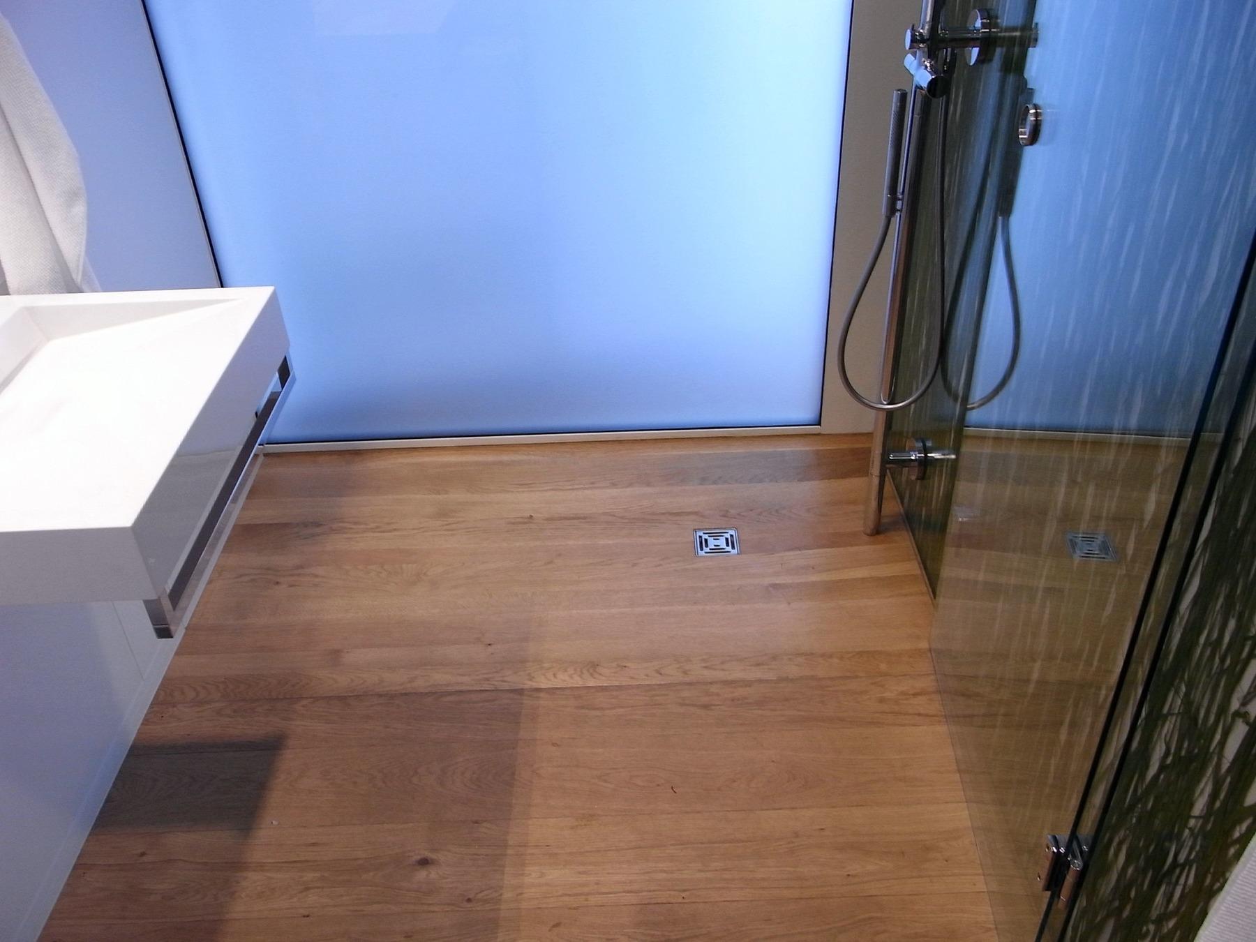 dusche im solarhaus. Black Bedroom Furniture Sets. Home Design Ideas