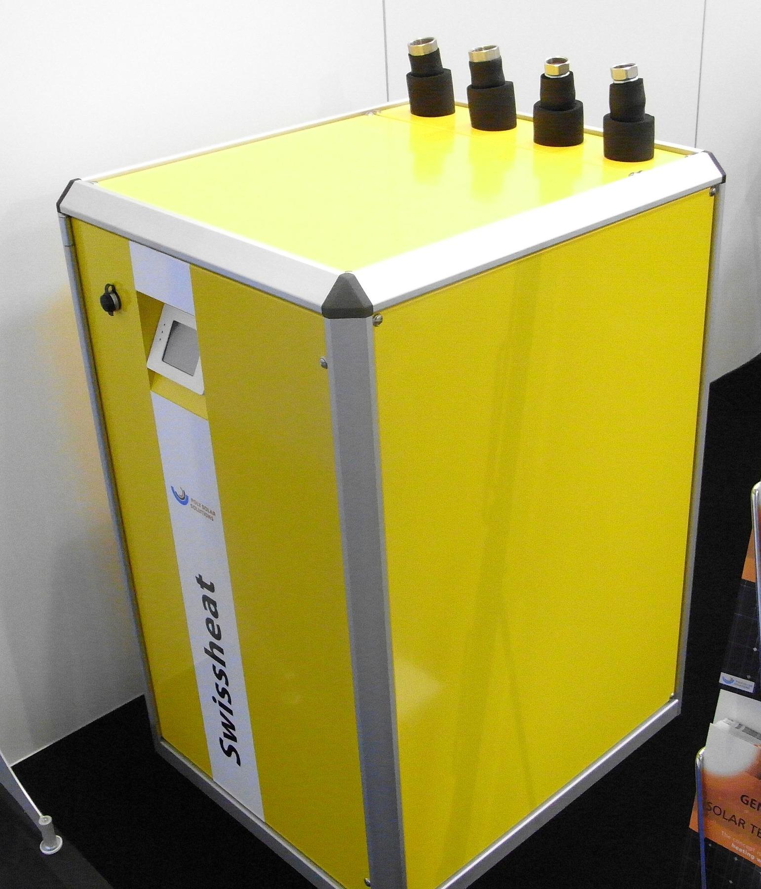 Wärme Und Natürlichkeit: Combi Solarmodul Für Strom Und Wärme