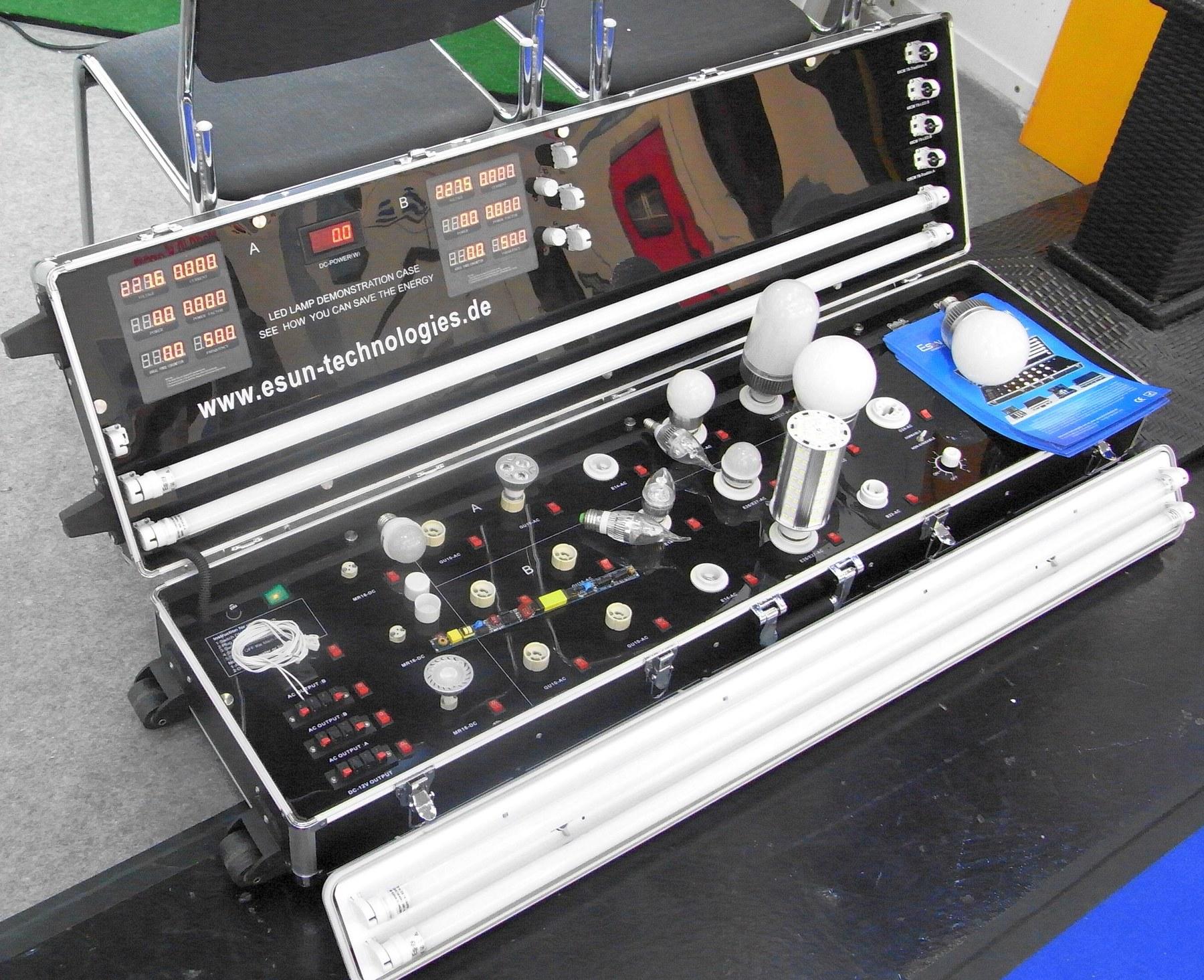 LED Beratung mit Demonstrationskoffer