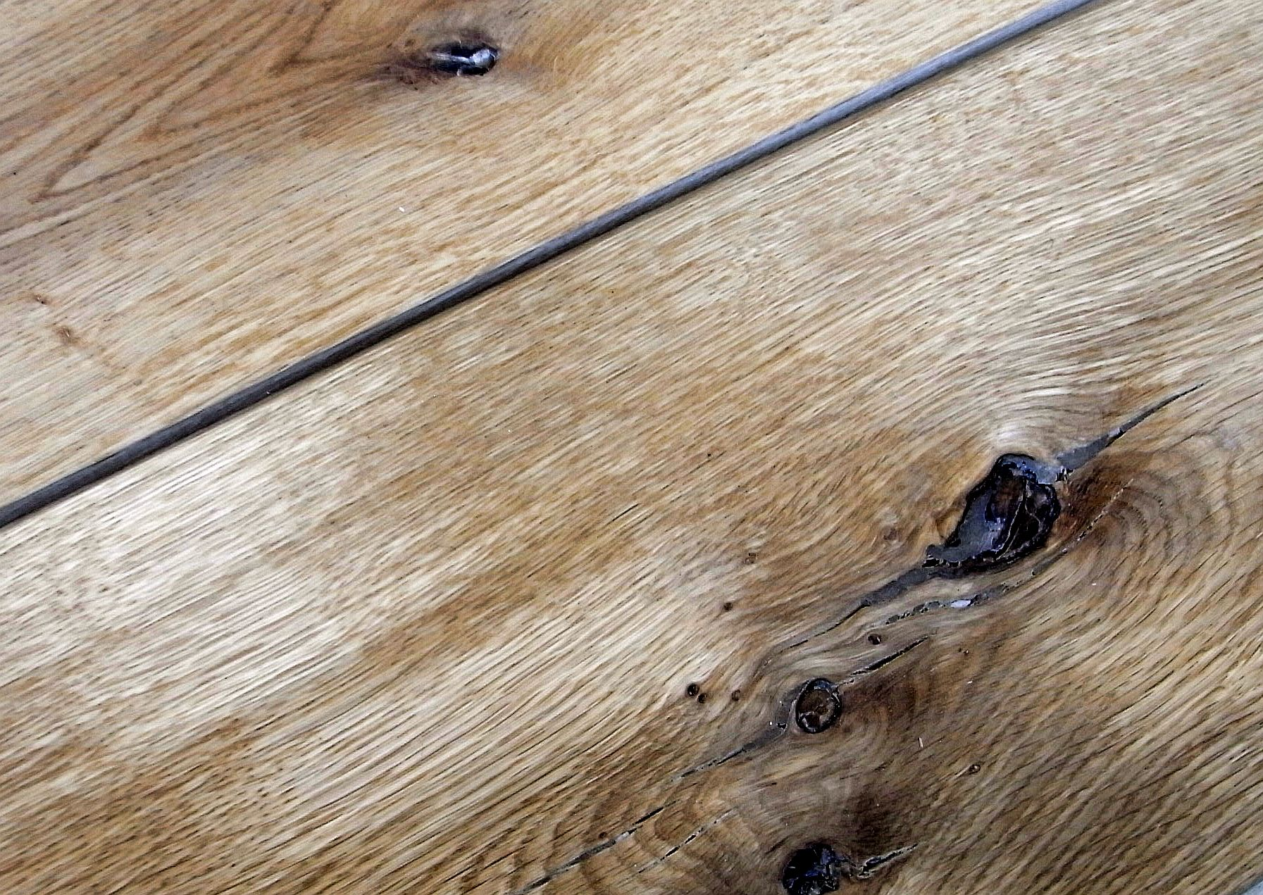 Holzfußboden Rustikal ~ Holzfußboden rustikal