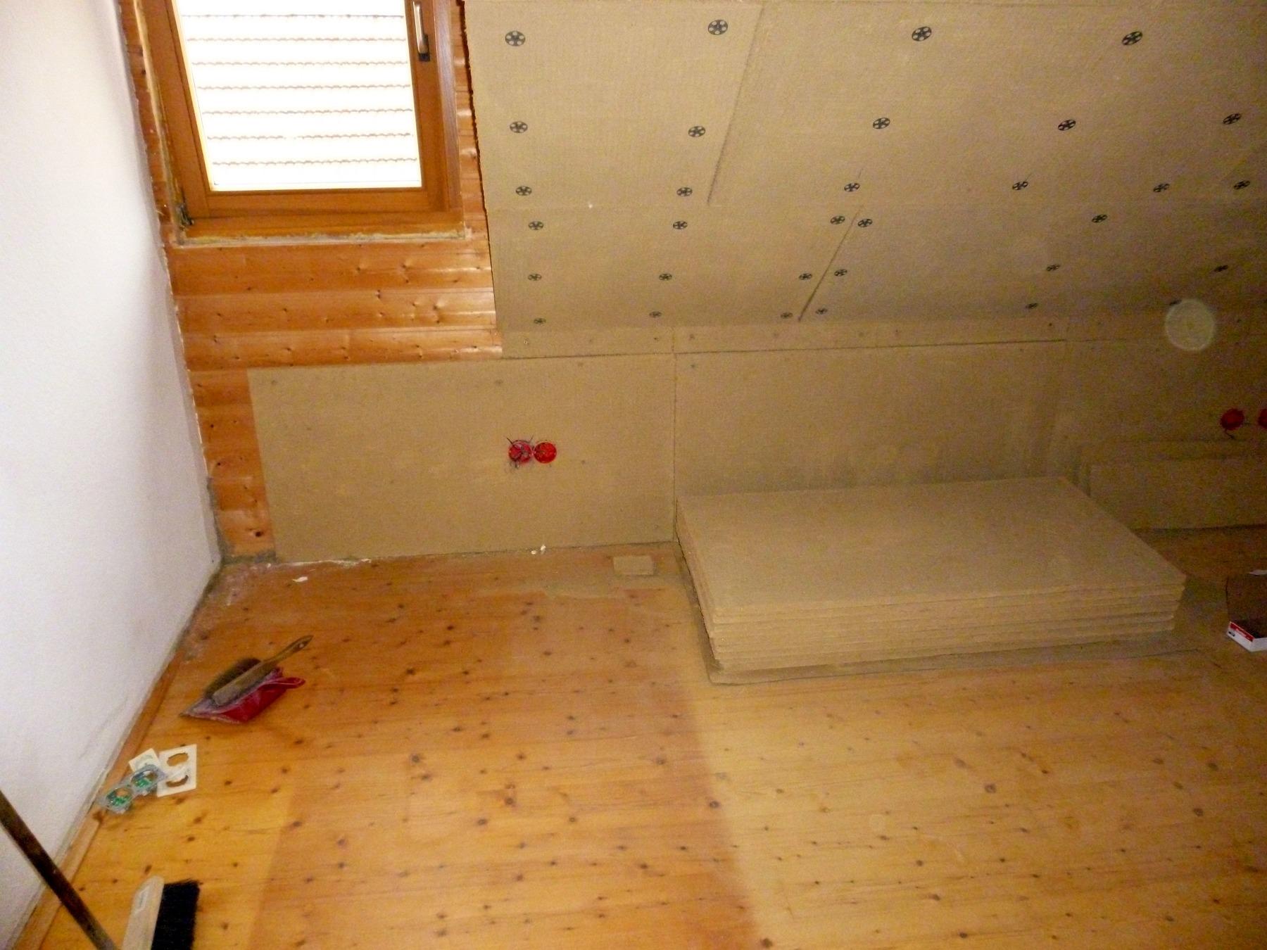 schalld mmung im dachgescho. Black Bedroom Furniture Sets. Home Design Ideas